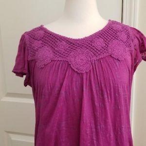 Short Sleeve Crochet T Shirt w/Spaghetti T-Shirt
